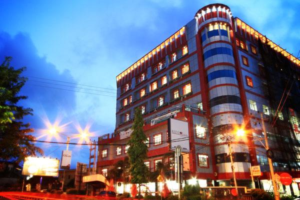 red dot hotel